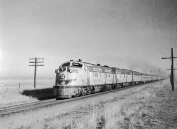1930s Passenger Train