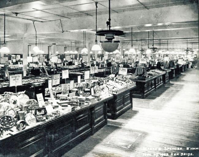 1930s Shopping